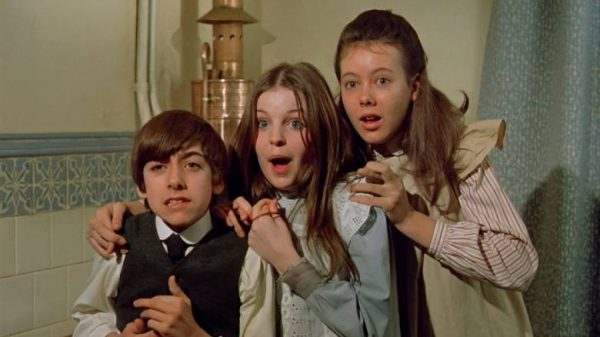 """Image from the movie """"The Railway Children"""""""